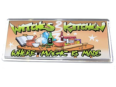 Witches Kitchen Magent